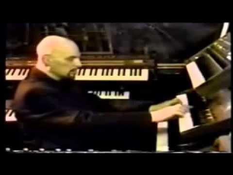 A Big Top Medley por el Conde Anton Szandor LaVey