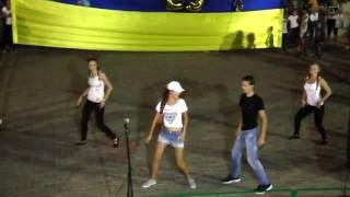 Nicky Jam Travesuras Новолатовка Концерт День Независимости 2016 Энергичный зажигательный танец