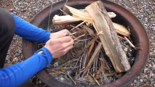 How to... Start a fire with a flint (Screw the Curkey)