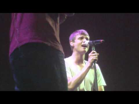 Backstreet Boys [Drowning + Baby cover] - Soundcheck Party, Santiago (03.03.11)