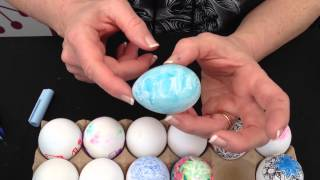 How To Decorate Plastic Easter Eggs With Tangle Patterns