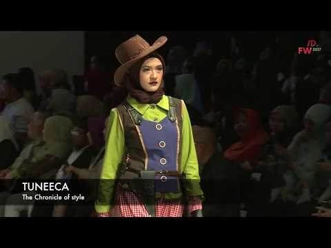 "Tuneeca Presents ""The Chronicle of Style"" at Indonesia Fashion Week 2017"