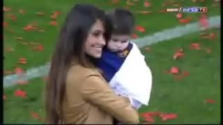 Antonella Roccuzzo y Thiago *-* ( celebración de Liga)
