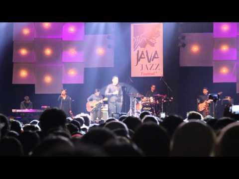 TULUS - Gajah Java Jazz Festival 2014