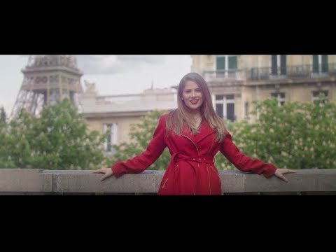 BONJOUR  - Laura Rizzotto (Official Music Video)
