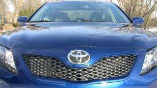 2010 Toyota Camry SE review