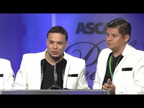 La Original Banda El Limón Accepts the ASCAP Latin Heritage Award