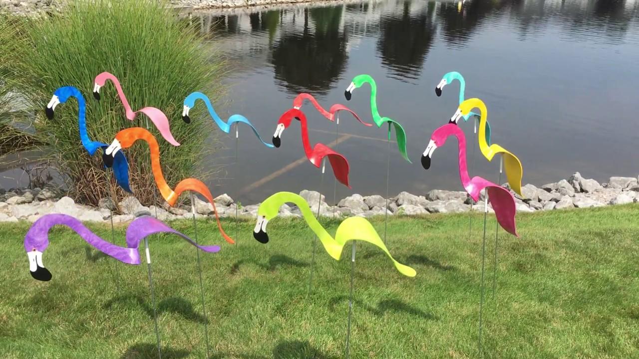 Florida Dancing Birds® Flamingos Garden Art - YouTube