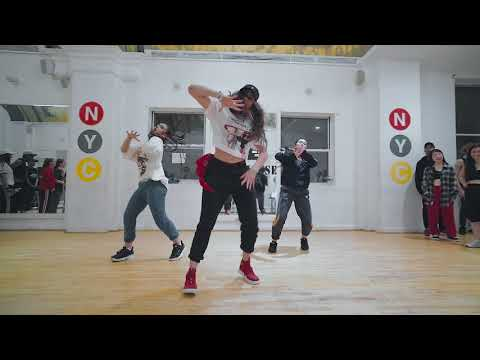 Nicki Minaj - Chun-Li Choreography by; Hollywood