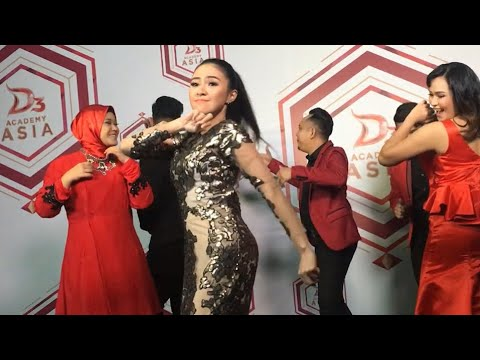 Goyang  Baby Shima  di Promo video Daa3