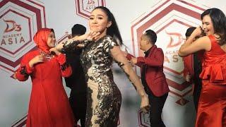 Goyang  Baby Shima dan tim malaysia di Promo video Daa3