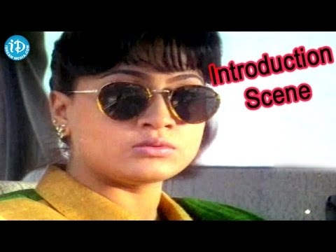 Police Lockup Movie - Vijayashanti Nice Introdcution Action Scene
