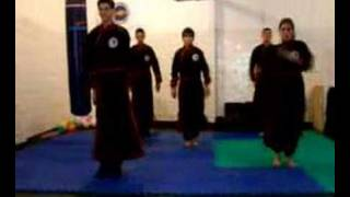 knife form and defense moves