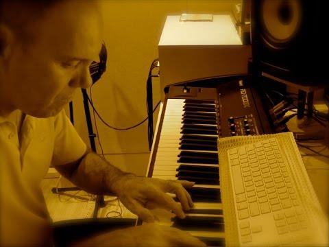 KECO BRANDÃO _ PIANO FREE IMPROVISATION (MAVERICK)