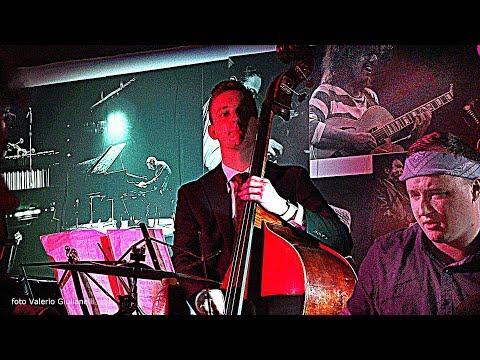Whitworth University Jazz Ensemble e Rosario Giuliani - Cantieri del Signorino