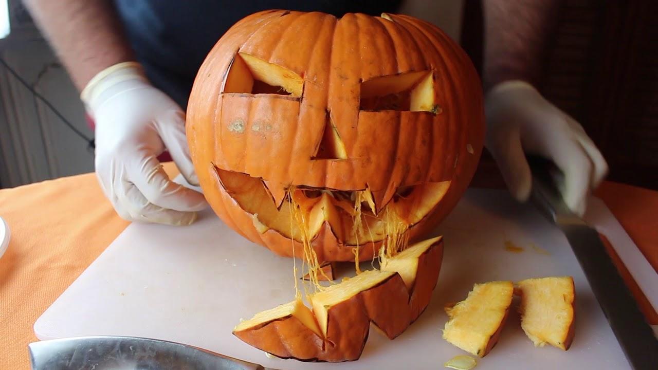 Come Fare Zucca Di Halloween Video.Come Creare E Tagliare La Zucca Di Halloween Il Tutorial