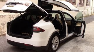 Tesla Model X: Strange Quirks and Cool Features thumbnail