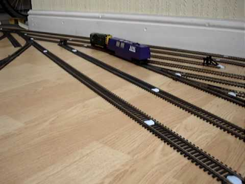 The Dapol track cleaner in action!