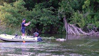 ОСЬ ЦЕ ПОКЛЬОВКА!!! В цій річці морі риби!!! Риболовля на річці Хопер сплавом зі спінінгом!