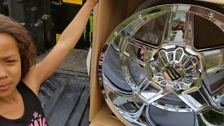 Chevy Avalanche Z71 22x12-44 Off road wheels