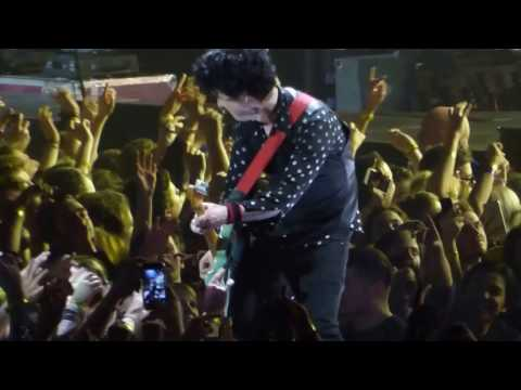 Green Day - When I Come Around / Waiting - London O2 Arena - 8th February 2017