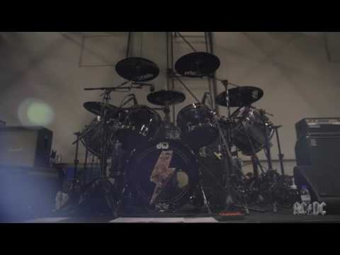 Chris talks about playing drums in AC/DC ⚡️