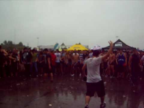 White Chapel - mosh pit (Vans Warped Tour 2010 - San Antonio, TX)