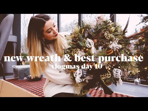 New Christmas Wreath & Best New Purchase? | VLOGMAS