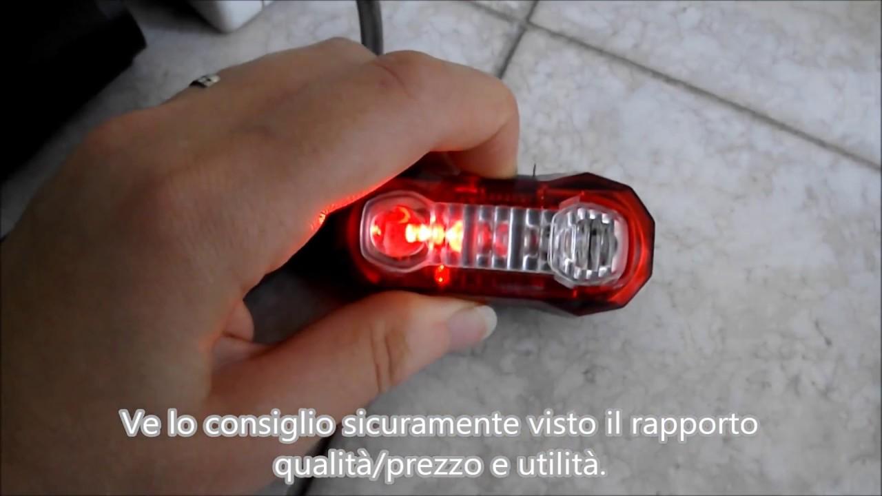 Fanalino posteriore a usb per bici con modalità di illuminazione