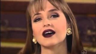 Más os mortos, não falam... Paola Bracho.