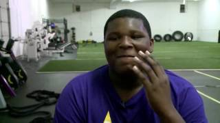 8th grader gets scholarship to play football at UK