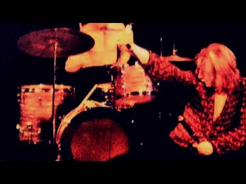 Judas Priest - Live At Bolton Town Hall, Manchester, England - July 17th 1973 (Rob's Debut)