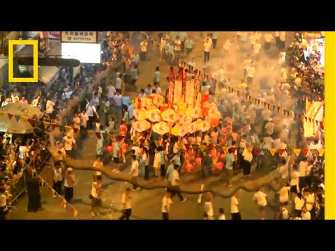 See Hong Kong's Dazzling Fire Dragon Dance | National Geographic