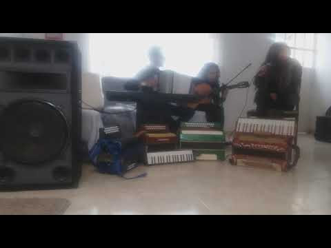 Trio popular, vallenato y pop (acordeon, guitarra y 2 voces)