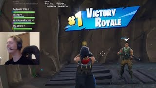 *CRIES* Getting SUBSCRIBER His 1st Win in Fortnite!