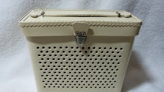 1957 Columbia model TR1000 transistor radio  (Made in USA by Roland)