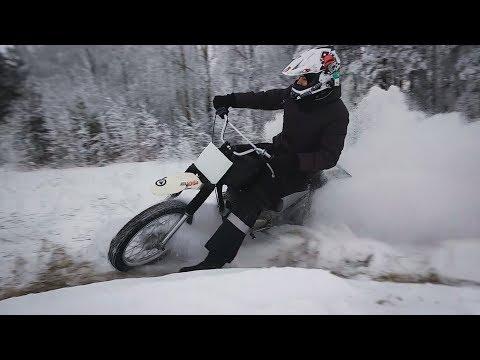 Как нужно ездить на мотоцикле ЗИМОЙ