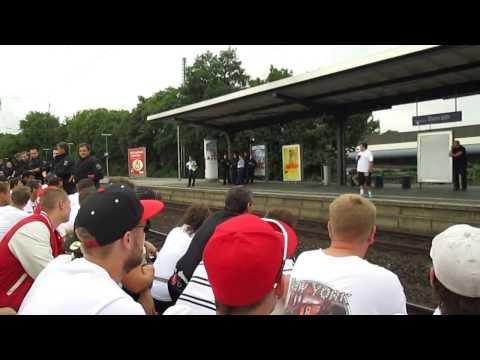 Micky macht die Humba in Benrath FC Köln - F95 28.07.2013 F95Fotos.de