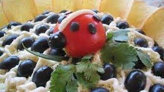 Как приготовить    Салат Подсолнух(Салат Подсолнух. Любимый салат многих людей. Необычный и красивый. Рецепты салатов оригинальных и красивых..., 2014-03-23T20:05:17.000Z)