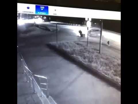 Мотоцикл и легковушка столкнулись в Грачёвке