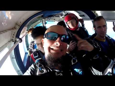 SKYDIVING- GO JUMP,Oceanside (13,000 ft, 120 MPH )