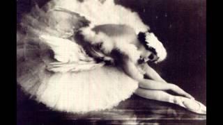 Tchaikovsky - Swan Lake Ballet Excerpts - Gennady Rozhdestvensky