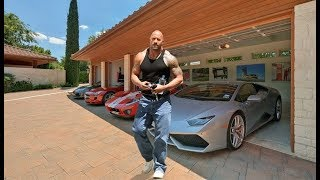 A coleção de carros de The Rock- Dwayne Johnson