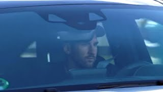 Lionel Messi Arrives At Barcelona Training For First Time Since Handing In Transfer Request