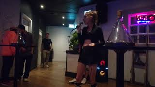 Liny Dee Live At The Patent Social