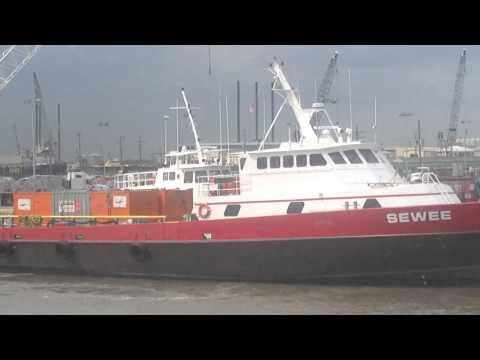 Crewboat crash at the dock