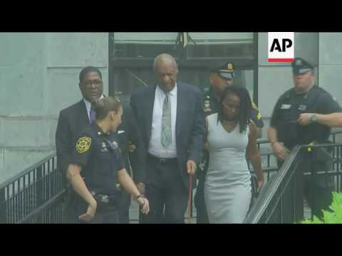 Cosby Leaves Court After Mistrial Declared