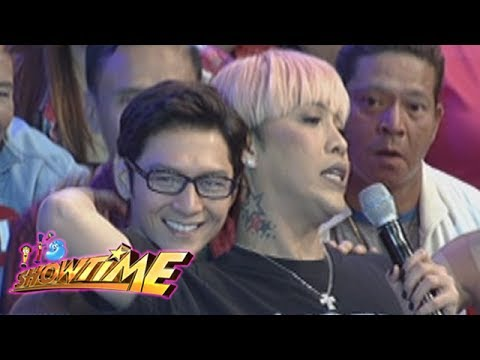 It's Showtime: Vice flirts with Joseph Marco