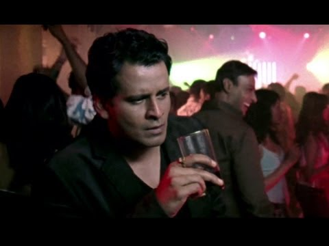 Manoj Bajpai caught in a night club | Dus Kahaniyaa