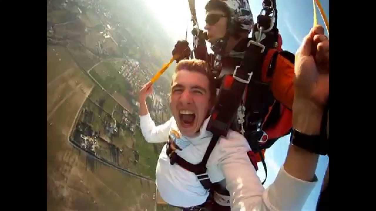 saut en parachute fayence